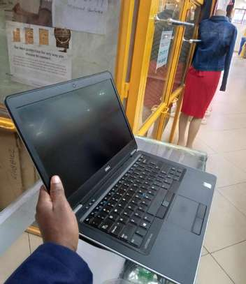 Laptop Dell Inspiron 14 7447 8GB Intel Core i7 SSHD (Hybrid) 500GB image 2
