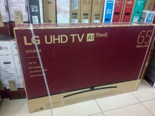 65 inches Lg smart 4K tv