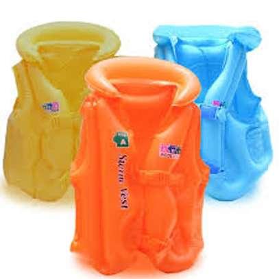 swimming life safer jackets image 1