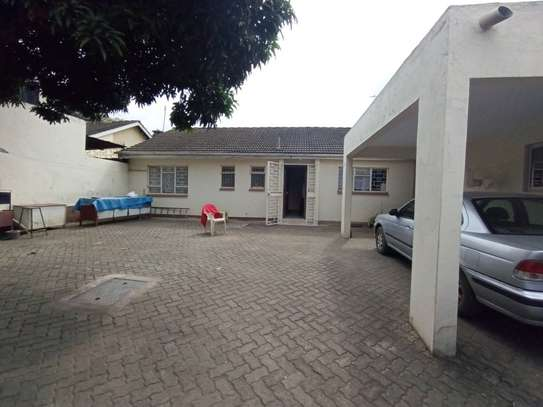 3 bedroom house for sale in South B image 9