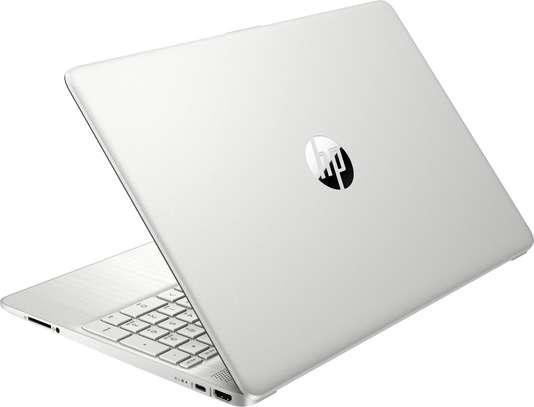 HP Notebook 15S Ryzen 3 image 2