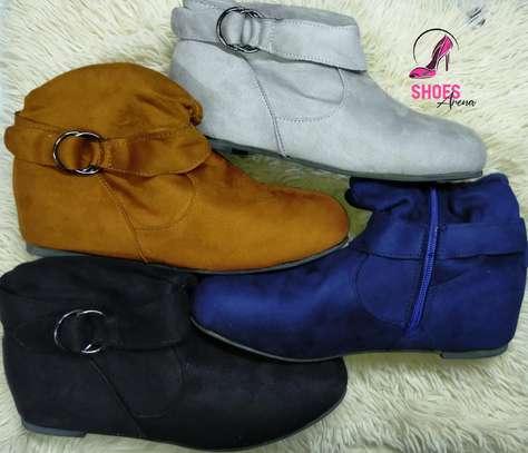 Flat boots image 2