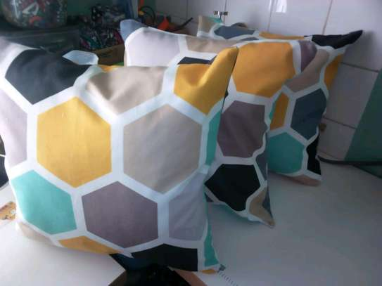 cushion covers/african print image 3