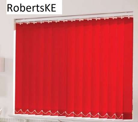 red blinds image 1