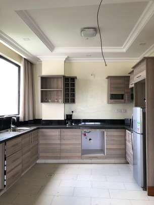 2 bedroom apartment for rent in Riverside image 4