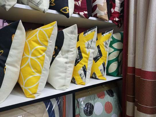 CLASSY ELEGANTTHROW PILLOWS AND CASES image 11
