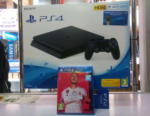 PS4 Slim 500gb + FIFA 20 game bundle image 3