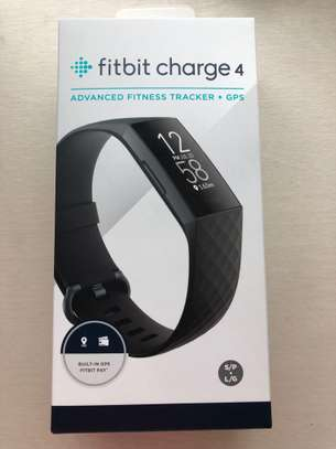 FITBIT Charge 4 image 6