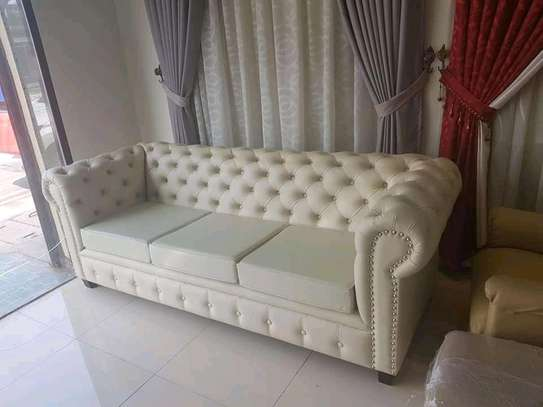 Elegant Timeless Quality 3 Seater Chesterfield Sofa image 1