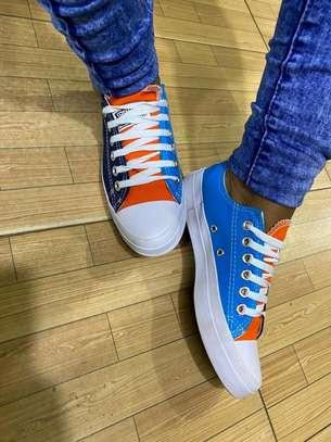 Multicolored low cut converse rubber shoes image 1