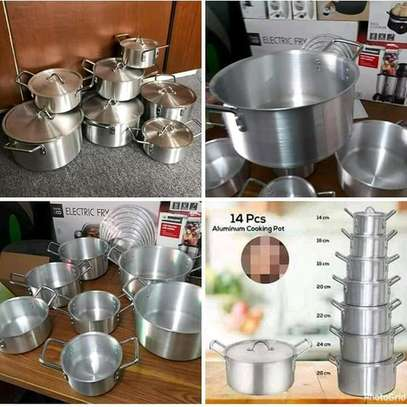 7 pieces Sufuria with lids image 1