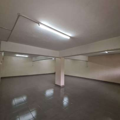 464 m² office for rent in Kilimani image 3