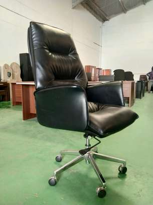 Office Executive Chairs image 4