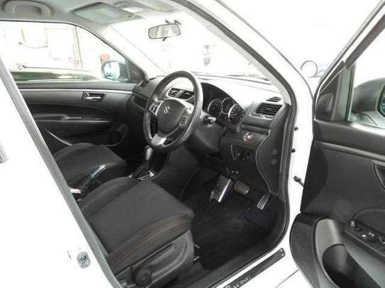 Suzuki Swift 1.6 Sports image 11