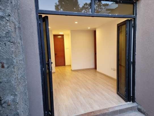 3 bedroom apartment for rent in Waiyaki Way image 5