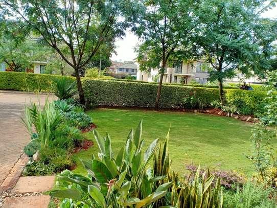 4 bedroom house for rent in Garden Estate image 15