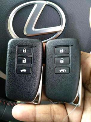 Car key programming image 3