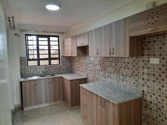 Executive 2 Bedroom Apartment To Let in Ruaka At 33K image 3