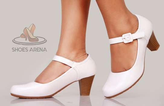 Officia Closed heels image 10