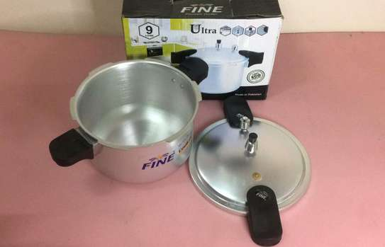 Pressure Cooker Europe Quality 9 Litres image 3