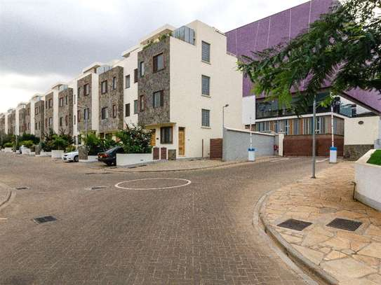 Thika Road - House, Townhouse image 1