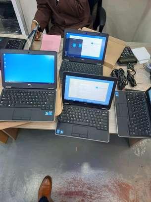Dell Latitude E7240 Ultrabook PC - Intel Core i5-4300U  4GB 128GB SSD Win10Pro+Ms Office2019 (Latest) image 1