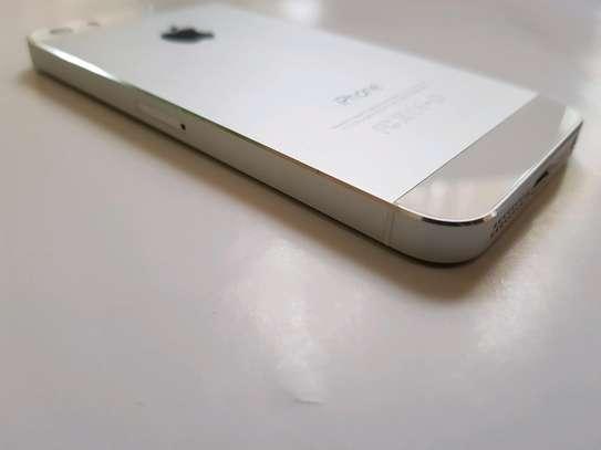 Iphone 5s 16GB image 1