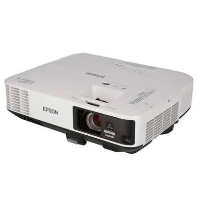 Epson EB-2255U Projector image 2