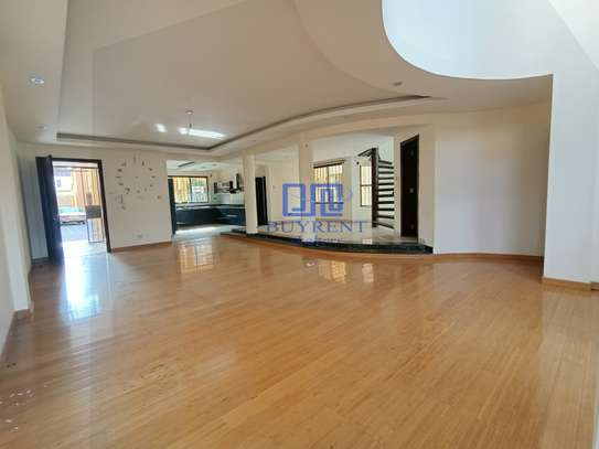 5 bedroom house for rent in Spring Valley image 16