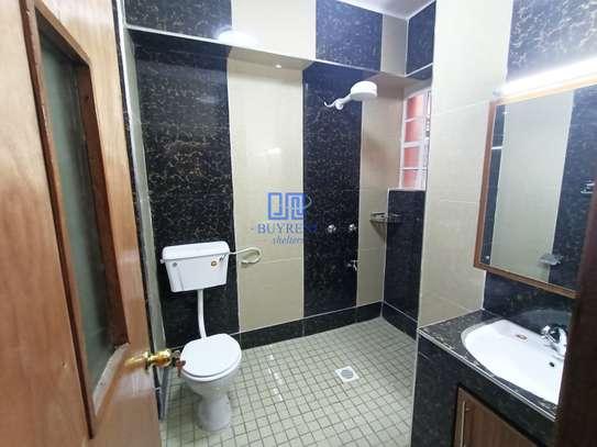2 bedroom apartment for rent in Parklands image 8