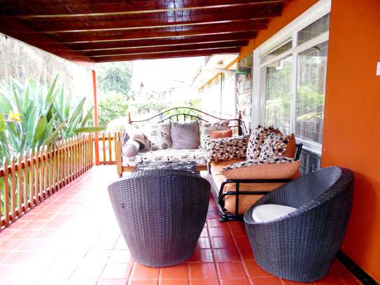 4 bedroom house for rent in Kyuna image 3