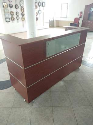 1.8m reception desk image 1