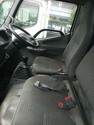Toyota Dyna image 6