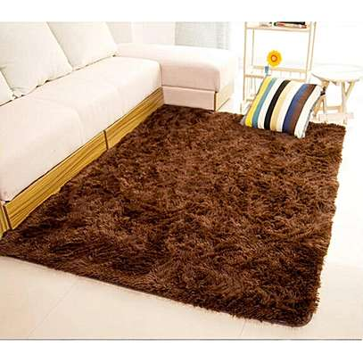 7*10 LUXURIOUS FLUFFY CARPET