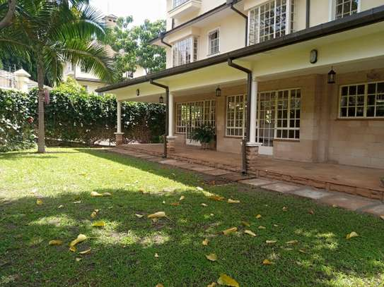 5 bedroom house for rent in Lavington image 16