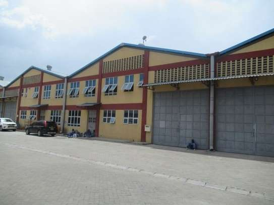 650 m² warehouse for rent in Athi River Area image 1