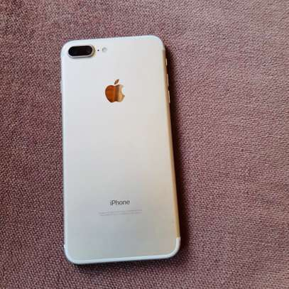 iphone 7plus 128Gb with free AirPods image 2