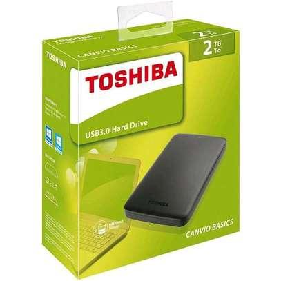 Toshiba external hand drive image 4