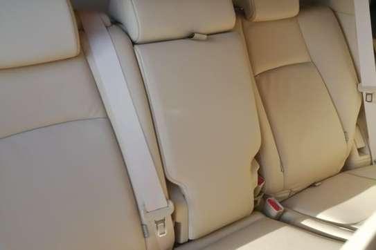 Toyota Land Cruiser PRADO image 10