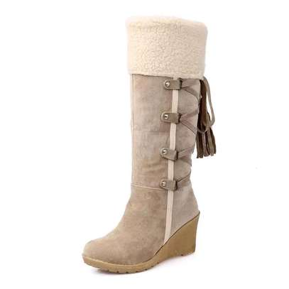 Ladies Knee length warm boots image 4