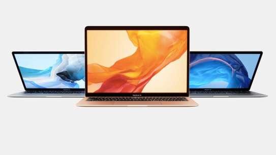 MacBook Air's Common Problems and Repairs: MacBook Air Broken Screen/Bleeding LCD replacement image 2