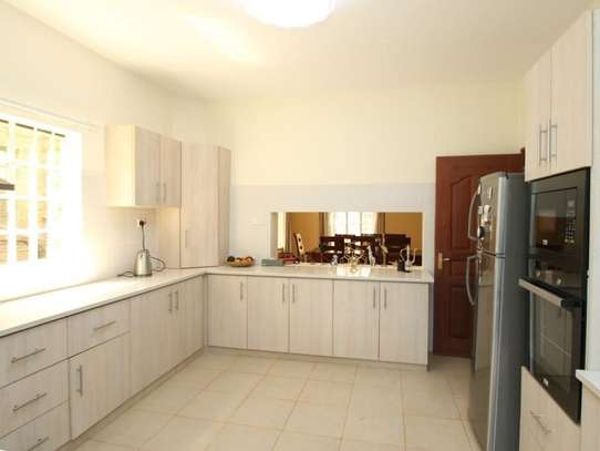 5 bedroom townhouse for rent in Kileleshwa image 16