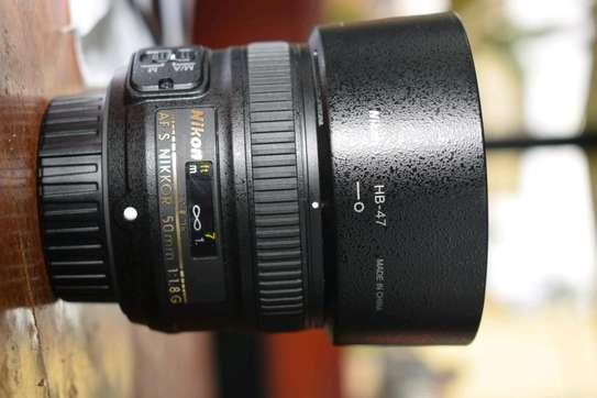 50mm f1.8G Nikon lens image 2
