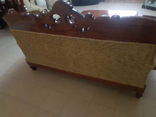 8-Seater Quality Mahogany Artic-Sofas For Sale. image 6