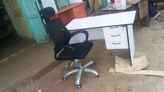 Office desks and head rest chair image 1
