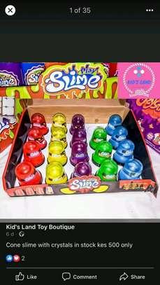 Slime play image 3