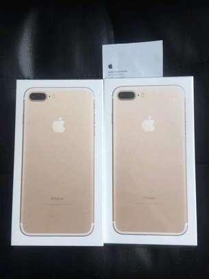 iPhone 7 plus 128gb image 1