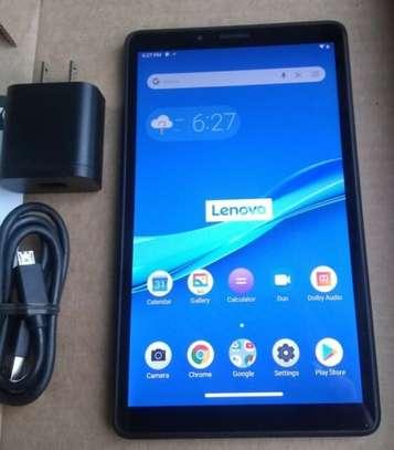 M7 Lenovo tablet image 2