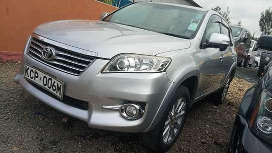 Toyota Vanguard image 6