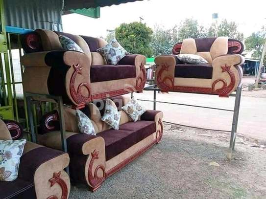 Kangaroo Sofa set, 6 Seater image 1